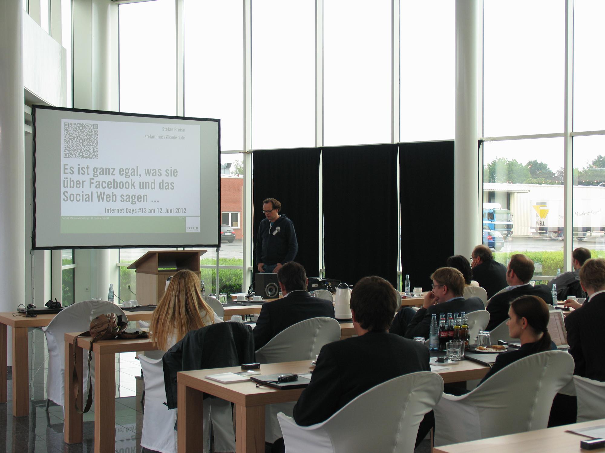 Stefan Freise bei seinem Vortrag über Social Media